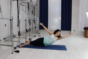 Side Bend - Pilates Torre